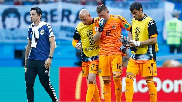 Guzmán también mostró su apoyo con Wilfredo Caballero (AFP)