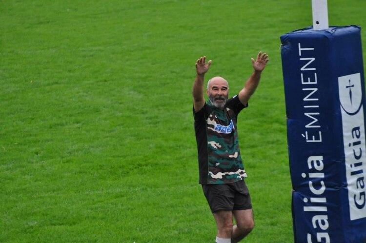 Gómez Centurión en el partido de rugby en homenaje a los veteranos de Malvinas organizado por el Club Champagnat.