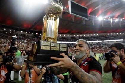 Gabriel Barbosa (Gabigol) marcó el primero y fue una de las grandes figuras del Flamengo en la consagración ante Independiente del Valle REUTERS/Ricardo Moraes