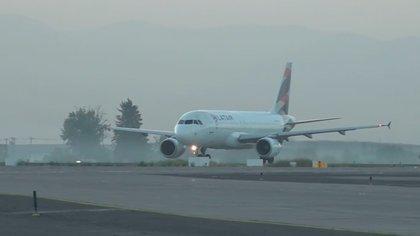 EL lugar donde llegarán todas las vacunas será al Aeropuerto Arturo Merino Benítez, específicamente al Grupo 10 de la Fuerza Aérea