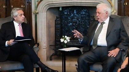 El presidente Alberto Fernández y su ministro de Salud, Ginés González García