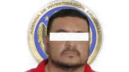 """JUAN REFUGIO """"N"""", alias """"El Barbas"""" fue asegurado en una zona residencial de Morelia (Foto: Fiscalía General del Estado de Guanajuato)"""