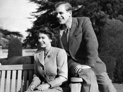 La princesa Isabel y el príncipe Felipe, el 25 de noviembre de 1947, durante su luna de miel en Reino Unido