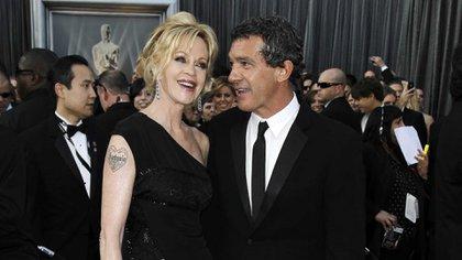 Melanie Griffith y Antonio Banderas fueron padres de Stella del Carmen, hoy de 19 años (AP)