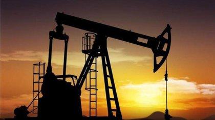 Se disparó el precio del petróleo (AP)