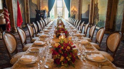 La mesa decorada donde cenaronDonald Trump, Xi Jinping y sus equipos(AFP)