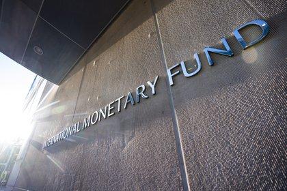 La confianza en los logros iniciales de su gestión lo llevó a decir sobre el cierre de 2005 la cancelación de la deuda que el país mantenía con el FMI, pese a ser el crédito más barato del mercado (EFE)