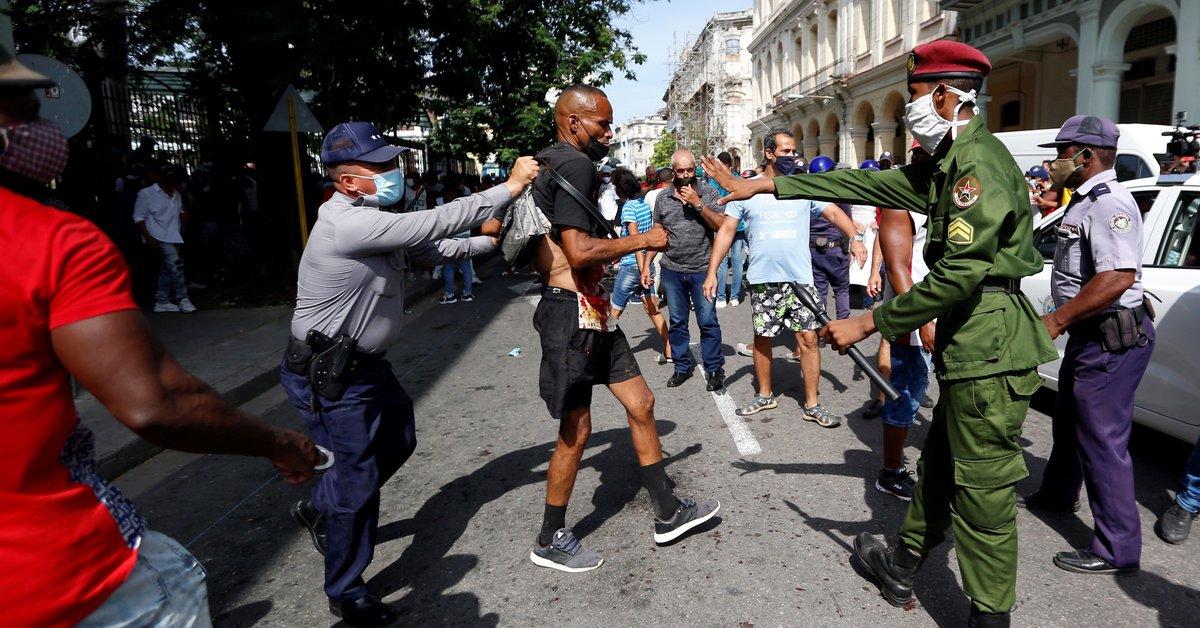 las-claves-que-explican-las-masivas-e-inditas-protestas-contra-la-dictadura-castrista-en-cuba