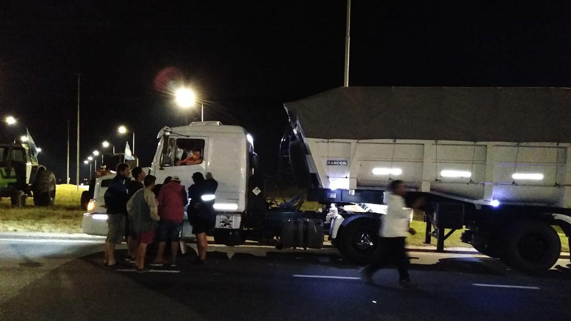 Productores de Altos Fierro, Córdoba, realizan controles de carga
