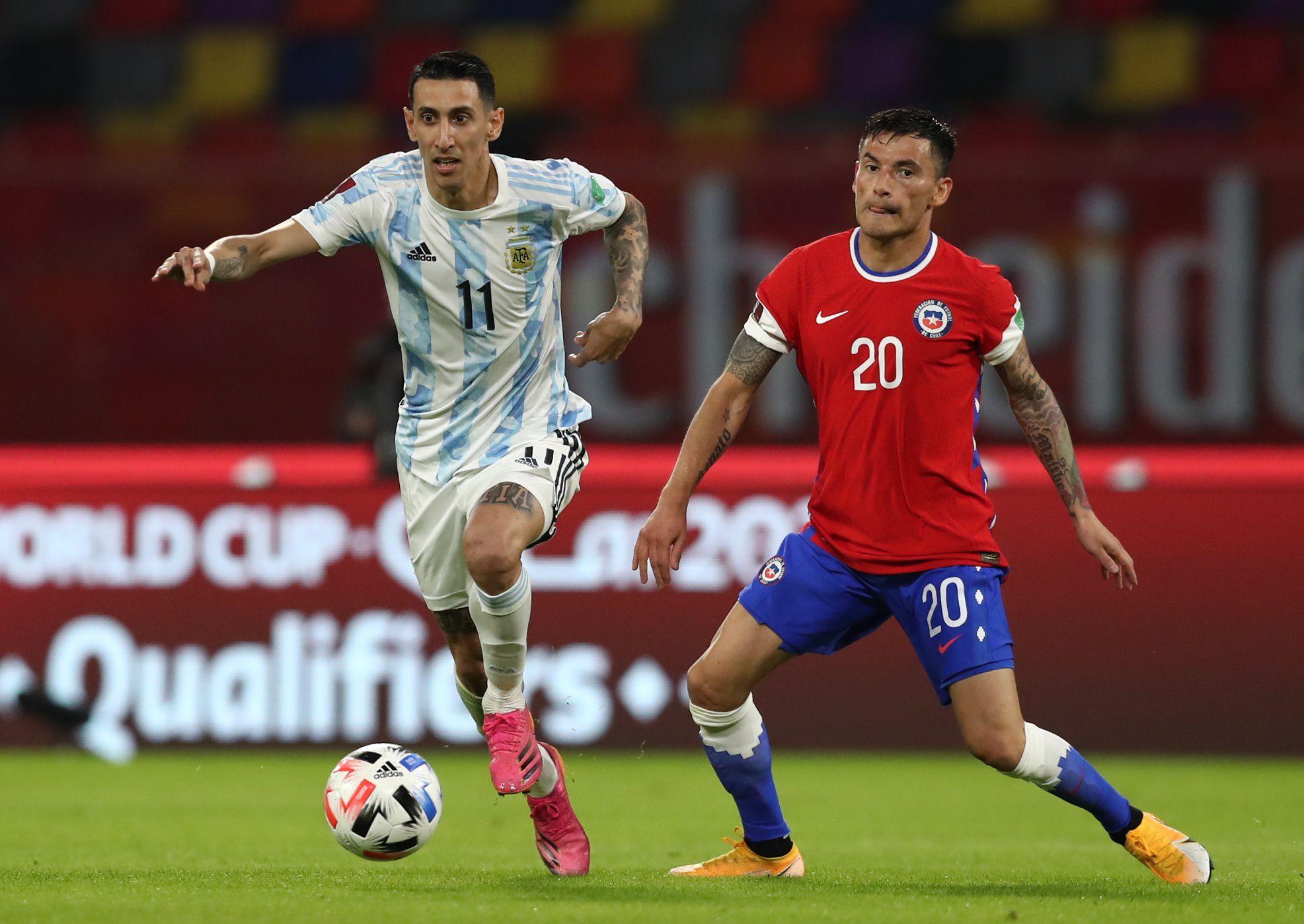 Ángel Di María fue titular en el encuentro que Argentina empató con Chile por las Eliminatorias Sudamericanas (REUTERS/Agustin Marcarian)