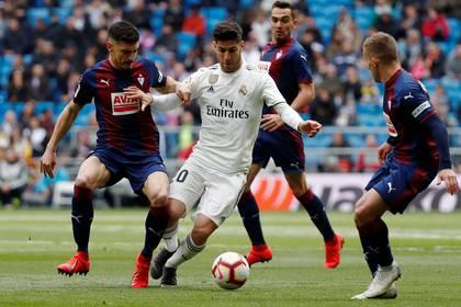 Asensio, con la casaca del Real Madrid (REUTERS/Javier Barbancho)
