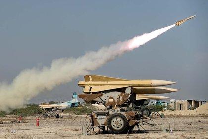 Un misil Shalamcheh disparado en los ejercicios