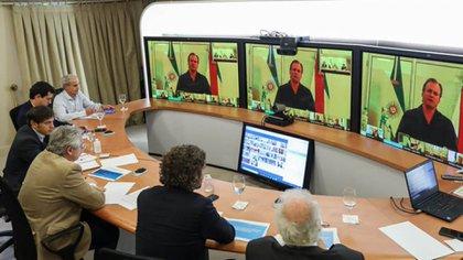 El mandatario entrerriano durante una de las teleconferencia que compartió con el presidente Alberto Fernández (@bordet)