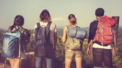Su afinidad y comodidad con la tecnología se articula perfectamente con una experiencia de viaje cada vez más integral y conectada (Shutterstock)