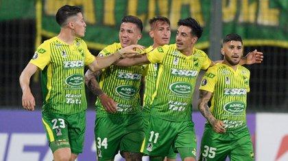Defensa y Justicia le ganó a Olimpia y se acomodó en su grupo de la Copa Libertadores (Photo by Juan MABROMATA / various sources / AFP)