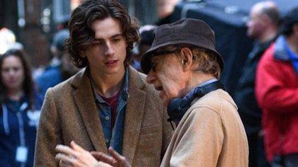 Timothée Chalamet y Woody Allen durante el rodaje de