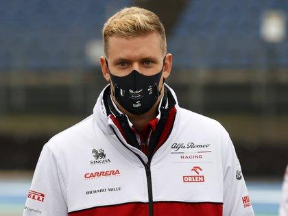 Mick Schumacher está cerca de consagrarse en la Fórmula 2. EFE/