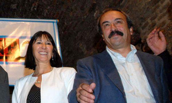 """Ricardo """"Pacha"""" Velasco junto a su pareja, Felisa Miceli. (Télam)"""