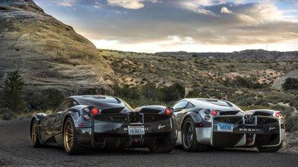 Dos Pagani Huayra, una de sus obras máximas. Monta motores V12 construidos especialmente por Mercedes-AMG