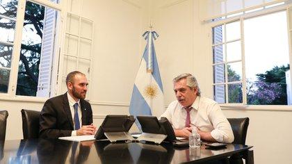 Martín Guzmán junto al presidente Alberto Fernández (Télam)