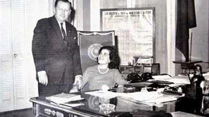 Stroeesner y María Estela Legal en una foto sin fecha. La mujer llegó a convertirse en una suerte de segunda Primera Dama de Paraguay