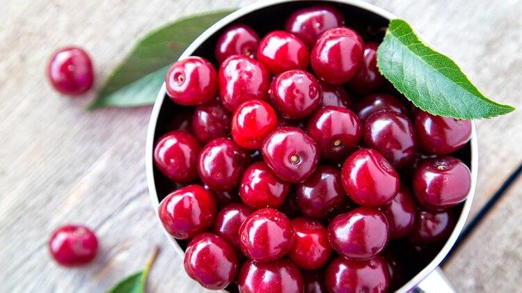 Serán 160 toneladas de cerezas frescas provenientes de las provincias de Chubut, Neuquén y Río Negro (iStock)