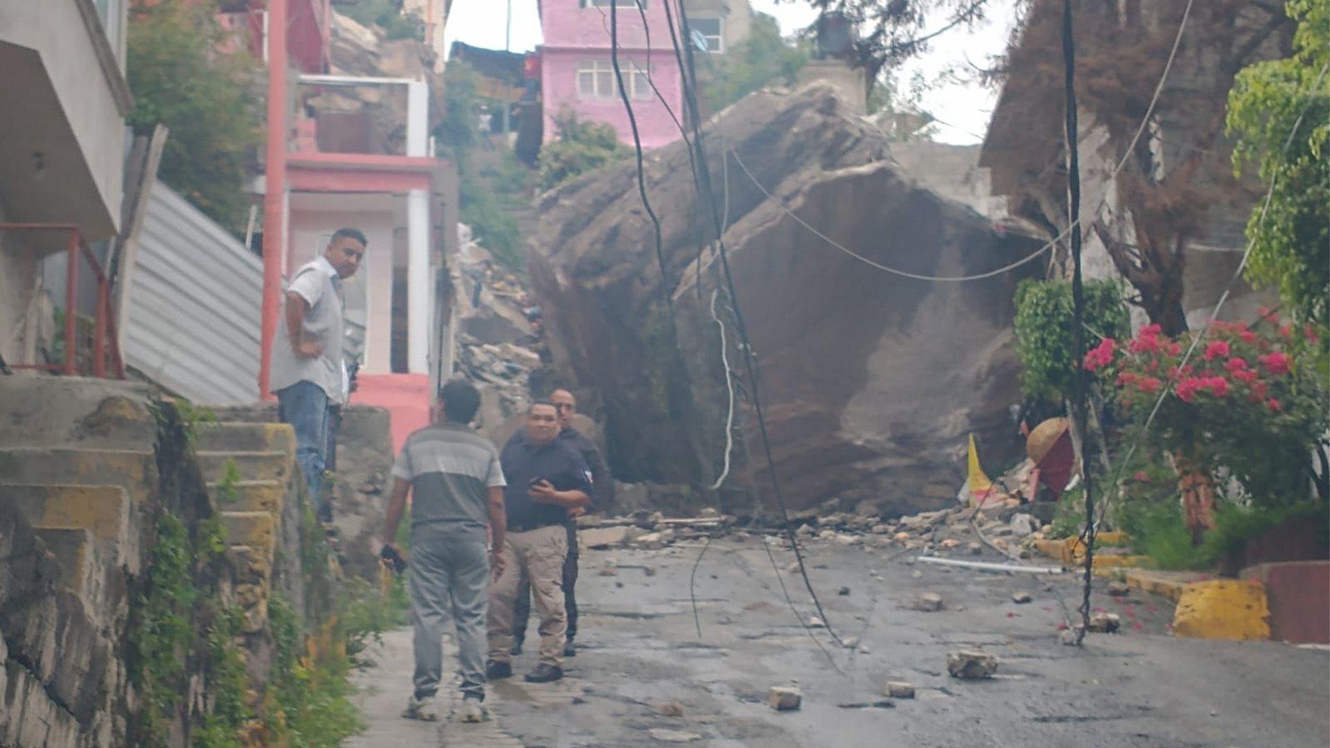 desgajó cerro de Chiquihuite en la CDMX (Foto: Twitter@Gob_Tlalne)