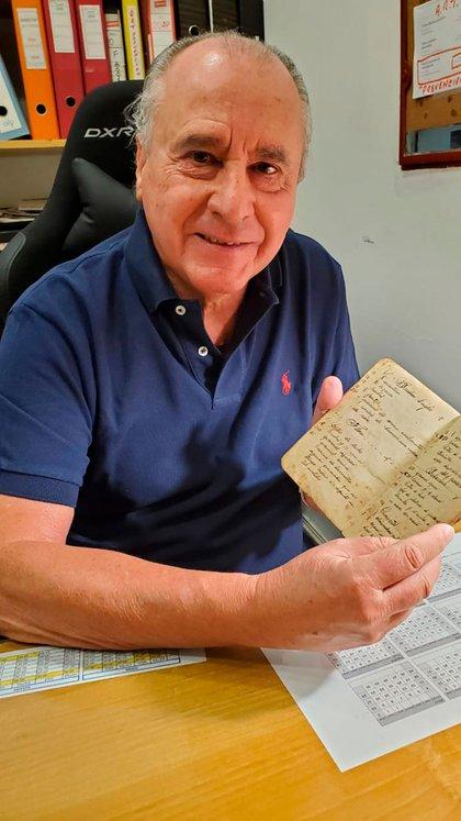 Héctor Brignole, también pastelero, nieto de uno de los primeros trabajadores que tuvo Del Molino