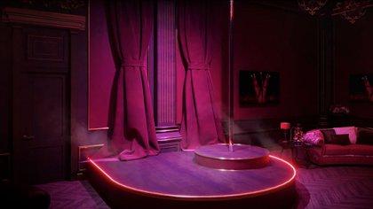 """Detalle de la sala de entretenimiento del palacio de Putin en la que se puede ver el escenario con la barra de """"dancing""""."""