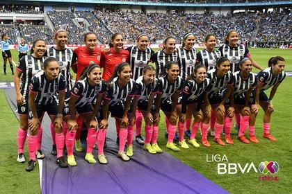 Rayadas de Monterrey consiguieron su primer título de liga (Foto: Twitter @LigaBBVAFemenil)