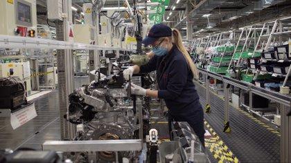 La industria automotriz sólo utiliza el 30% del total de la capacidad instalada