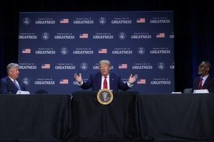 """""""Siempre hay una mala manzana no importa a dónde vayas, pero no hay muchas en el departamento de policía"""", consideró Trump (REUTERS/Jonathan Ernst)"""