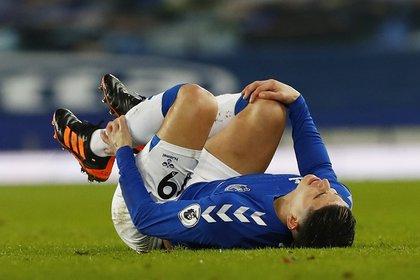 James Rodríguez fue sustituido en el minuto 69 de juego por una molestia en su tobillo. Apenas nueve días atrás se había lesionado una pantorrilla, ante el Manchester United. REUTERS/Jason Cairnduff