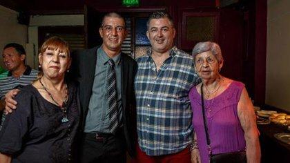 Los padres de Lucarelli, y la abuela Elena