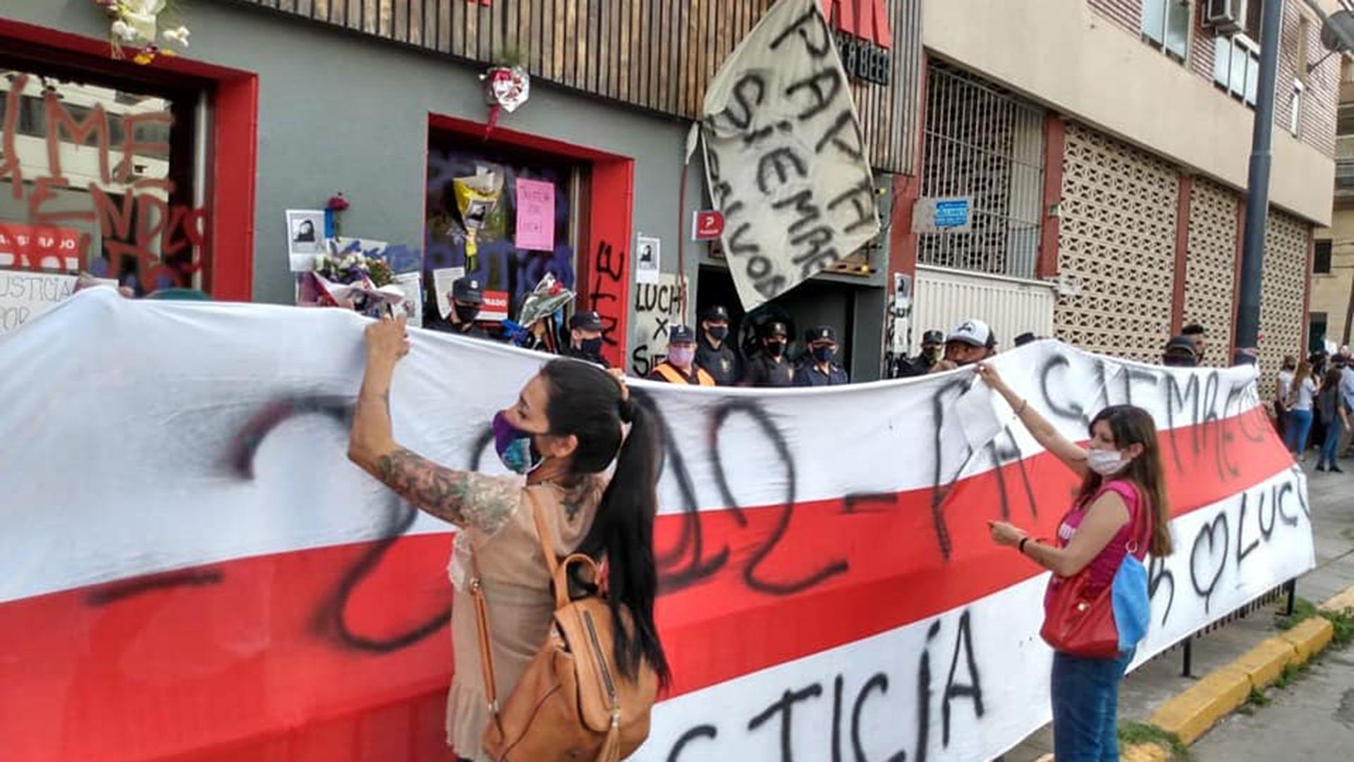 Marcha Lucía Costa