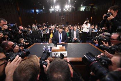 Mark Zuckerberg testifica ante el Congreso estadounidense. Foto: JIM WATSON / AFP