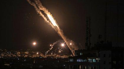 El grupo terrorista Hamas disparó 2.300 cohetes contra Israel en los últimos 6 días