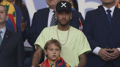 Neymarespera poder regresar al FC Barcelona antes del cierre del mercado de pases(AFP)