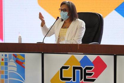 En la imagen, la presidenta del Consejo Nacional Electoral de Venezuela (CNE), Indira Alfonzo (EFE/Miguel Gutiérrez/Archivo)