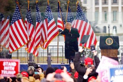El discurso del presidente Donald Trump que alentó el asalto al Congreso minutos más tarde (REUTERS/Jim Bourg/Fotografía de archivo)