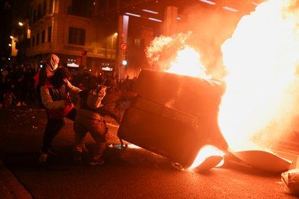 Manifestaciones por la libertad a Pablo Hasel en Barcelona, España February 16, 2021. REUTERS/Nacho Doce