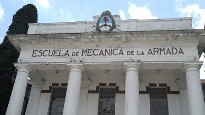 Carlos Capdevila, condenado en tres ocasiones, fue uno de los dos médicos que llevaron a cabo los partos en la maternidad clandestina que funcionó en el centro de detención
