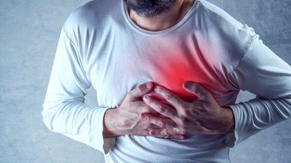Resultado de imagen para ¿Qué le sucede a su cuerpo durante un ataque cardíaco?