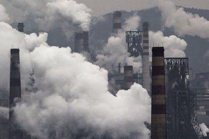 La ONU pidió a la comunidad internacional eliminar el uso de combustibles fósiles (Kevin Frayer/Getty Images AsiaPac)