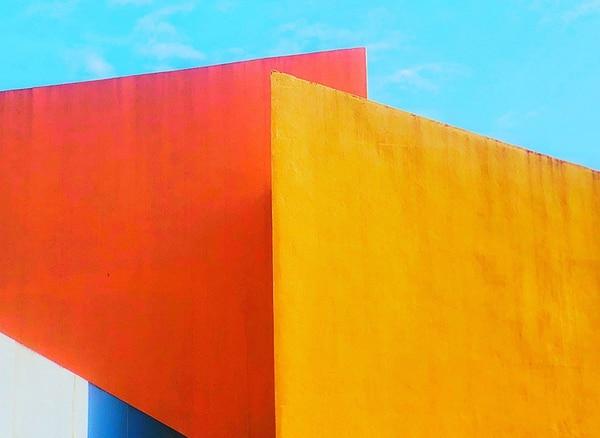 """El segundo puesto fue para Edwin Loyola (Filipinas) con """"The Union of Colors"""" (La unión de los colores). El autor tomó la imagen con un iPhone X en Mall of Asia, un centro comercial en Pasay, Manila, en Filipinas."""