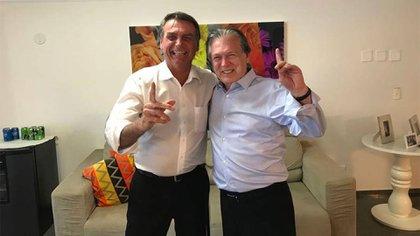Jair Bolsonaro y Luciano Bivar