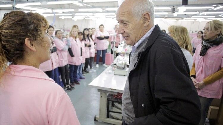 El ex ministro encabezó una recorrida por una fábrica de La Matanza