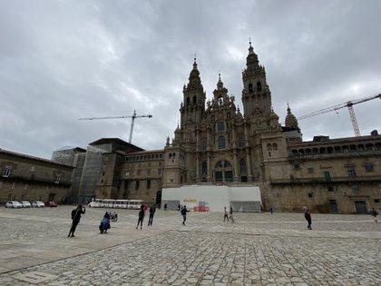 La Praza do Obradoiro, con la Catedral de Santiago de Compostela, a inicios del mes de julio.