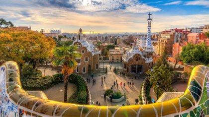 Además de sus playas de clase mundial (como la Playa de Las Catedrales en Galicia), España alberga 15 parques nacionales, incluidos cinco en las Islas Canarias y Baleares