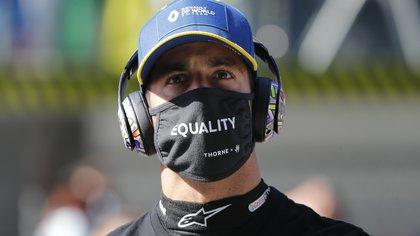 Formula One F1 - Russian Grand Prix - Sochi Autodrom, Sochi, Russia - September 27, 2020. Renault's Daniel Ricciardo before the race. Pool via REUTERS/Maxim Shemetov